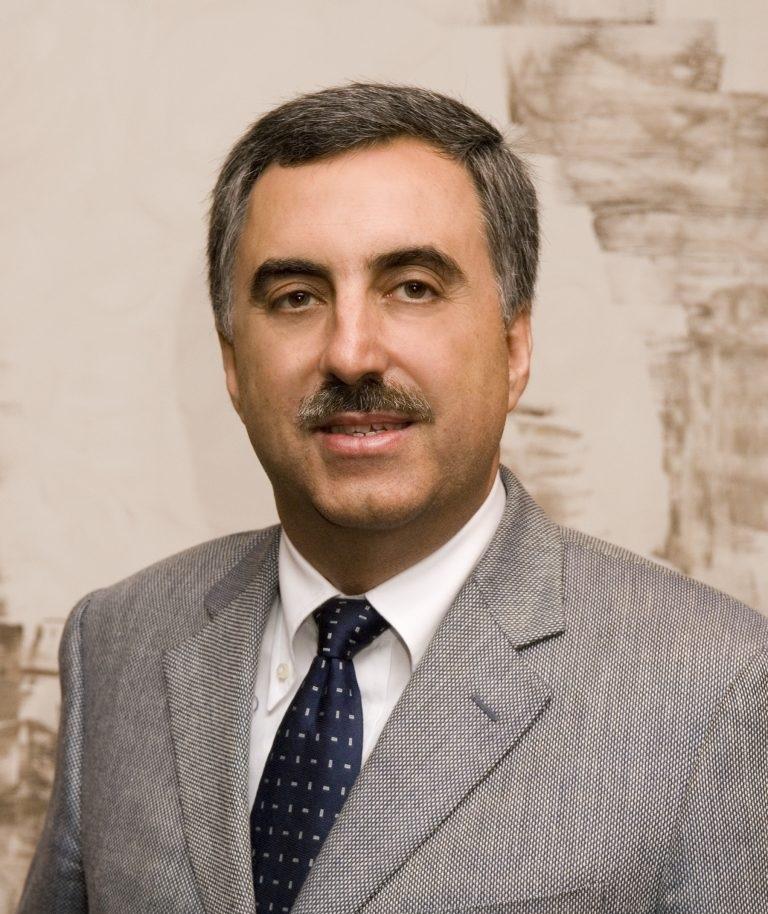 Dr. Luis Peña Quintana